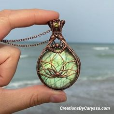 Copper Wire Crafts, Copper Jewelry, Cute Jewelry, Wire Jewelry Making, Wire Wrapped Jewelry, Wire Wrapped Pendant, Drummer Gifts, Peridot Stone, Homemade Jewelry