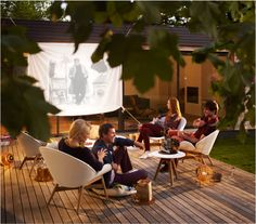 Outdoor cinema idea incorporating the Gloster Dansk lounge chairs with teak frames and White Nautic outdoor leather - the same materials found on the most beautiful yachts. Outdoor Rooms, Outdoor Gardens, Outdoor Living, Outdoor Decor, Outdoor Stuff, Outdoor Cinema, Villa, Patio Furniture Sets, Furniture Ideas