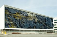 Parking Structure Art Facade / Rob Ley Studio | ArchDaily