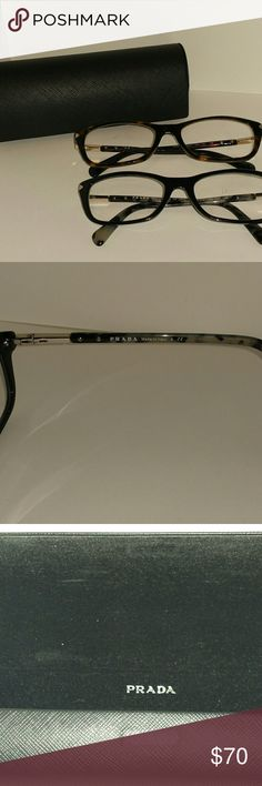 PRE L😍VED PRADA VPR 04P Eyeglass Frame & Case Sophisticated, elegant and refined, Prada products are recognizable by this strong identity and unmistakable style. Known for their artistic designs, Prada eyeglasses feature bold styling and unquestionable quality. These come in Havana Tortoise & Black. The Havana's have flaws on arm behind ear. The price listed is for ONE frame & ONE case Prada Accessories Glasses