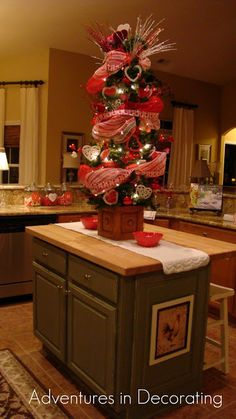 Valentine Tree from - Adventures in Decorating