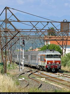 RailPictures.Net Photo: CC 6570 SNCF CC 6500 at Ille-sur-Têt, France by Jean-Marc Frybourg