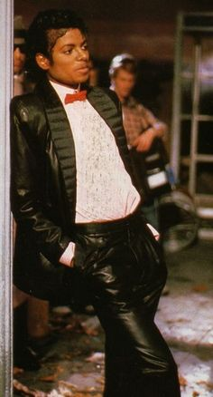 Behind the scenes Billie Jean Michael Jackson Michael Jackson Bad, Michael Jackson Fotos, Billie Jean Video, The Jackson Five, Mike Jackson, Joseph, King Of Music, The Jacksons, Popular Culture