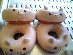 pigs... If all doughnuts were shaped like this  it would b a great reminder of what you will become after eating it!