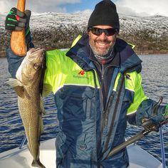 Magnus Lefvert LW Sverige AB Bajen4ever  Fin fisk från  NordNorge  #hammarby #bajen #finborgoutdoor #finborggraphic  #fotboll #soccer #fish #fishing #angler #norway #saltströmmen #bodo #visitnorway #visitbodo #torsk #sei #sportfiskarna
