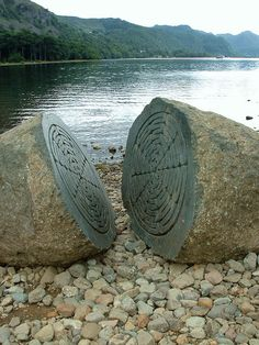 """Hundred Year Stone"" (Peter Randall-Page, 1995, Andesite), with the eastern shore of Derwent Water"