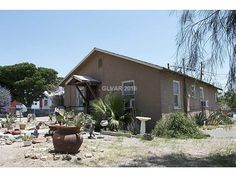 Downtown Las Vegas! 2 beds, 1 bath, 912 sqft. Great investment property for rental or rehabilitation!