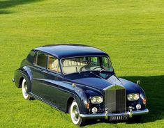 Chassis Limousine by James Young (body design for Edward Bismarck Vintage Cars, Antique Cars, Retro Cars, Rolls Royce Limousine, Royce Car, Donk Cars, Rolls Royce Phantom, Best Muscle Cars, Best Classic Cars