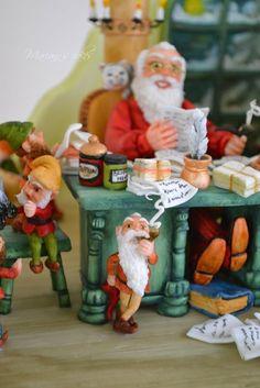 HAPPY HOLIDAYS!!!!!!!!!!! - by mariana @ CakesDecor.com - cake decorating website
