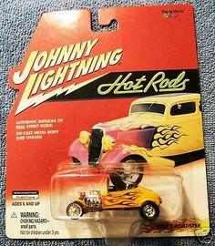 Check out Johnny Lightning Hot Rods 1927 T-Roadster (2000) #JohnnyLightning http://www.ebay.com/itm/Johnny-Lightning-Hot-Rods-1927-T-Roadster-2000-/160382247189?roken=cUgayN&soutkn=JRvIQR via @eBay