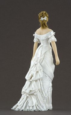 Back of Elise Doll: Photo by By golondrina411 on Flickr    Carabosse dolls, autora María José Santos