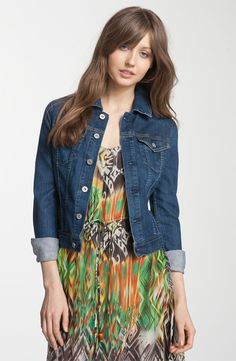 Green eyes, brown hair- green and brown print dress? What about the denim blue jacket? A wardrobe staple for all. Denim blue jacket has gold stitching. Perfect for green eyes with specs of gold in them. Brown Hair Green Eyes, Cute Jean Jackets, Cool Outfits, Fashion Outfits, Ag Jeans, Autumn Winter Fashion, Winter Style, Fall Fashion, Jacket Dress