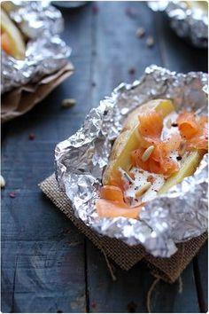 pomme de terre en robe des champs, saumon fumé et ciboulette