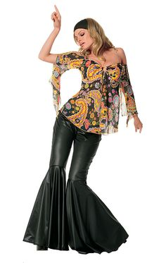 During the late and much of the a very popular trend were bell bottoms. Bell bottoms are trousers that become wider from the . Hippie Style, Hippie Tops, Bell Bottom Pants, Bell Bottoms, Moda Disco, Disco 70s, 70s Mode, Moda Hippie, Hippie Costume