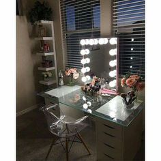 picks pretty pink to accent her in this lovely vanity station and we just can't help but love it! Featured: Impressions Vanity Glow XL in Rose Gold with Frosted LED Bulbs Rangement Makeup, Vanity Room, Bedroom Vanities, Closet Vanity, Vanity Design, Glam Room, Makeup Rooms, Dream Rooms, My New Room
