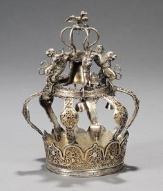 judaica auction | antique judaica | Skinner.    Small Polish Silver, Silver Filigree and Parcel-gilt Torah Crown,