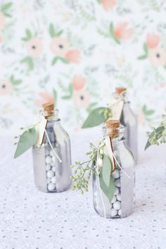 DIY: mirrored glass holiday favors