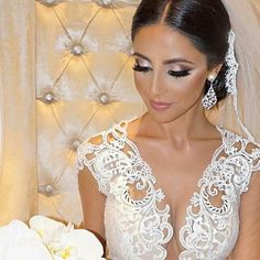Love the clean, classic, timeless look of our gorgeous bride Pramvera!  Glam bridal jewelry, headpiece and lace veil by Bridal Styles Boutique.