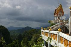 **Tiger Cave Temple (Wat Tham Suea) climb up 1260 steps for a beautiful view of Krabi and the giant Buddha - Krabi Town, Thailand