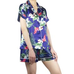 Pajamas Women, Pyjamas, Nightwear, Floral Tops, Short Sleeve Dresses, Pajamas For Women, Top Flowers, Pajama