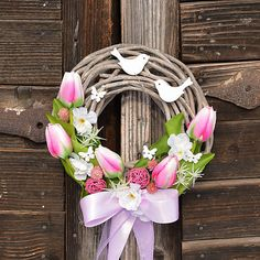 Happy Easter, Easter Bunny, Easter Pillows, Easter Table, Grapevine Wreath, Grape Vines, Flower Arrangements, Diy Projects, House Design