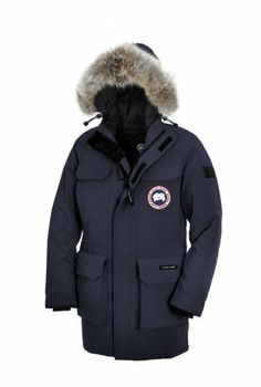 canada goose View all Outerwear MARRONE