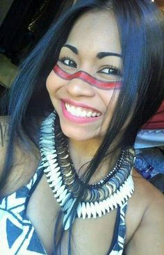 IIndigenous peoples in Brazil (Portuguese: povos indígenas no Brasil), or Indigenous Brazilians Native American Models, Native American Beauty, Native American Tribes, Beautiful Smile, Beautiful People, American Indian Girl, Native Girls, Tribal Women, Exotic Women