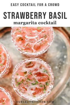 Tired of the straight-up margarita? This strawberry basil margarita is a fun twist on the classic. It's a sweet, tart and refreshing summer cocktail, perfect for celebrating. Mango Margarita, Cocktail Margarita, Cocktail Drinks, Cocktail Recipes, Basil Cocktail, Vodka Drinks, Margarita Recipes, Strawberry Margarita Recipe On The Rocks, Margarita Quotes
