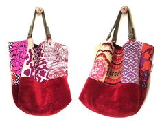 Ce sac réversible est une pièce unique. Côté Recto, ce sac associe des tissus dameublement aux motifs imprimés ou brodés en rose, orange, rouge, mauve... et une base en velours lisse rouge cramoisi. Côté Verso, il offre une version tout en lin bordeau avec 2 poches, dont une
