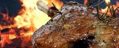 Make a flavorful bone-in pork sirloin roast Marinate 24 HOURS! Sirloin Recipes, Sirloin Tips, Pork Roast Recipes, Chicken Recipes, Bone In Pork Roast, Pork Sirloin Roast, Pikes Peak Roast, Cooking, Gastronomia