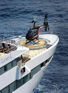 #privatehelicopter #privateluxuryyacht #luxurymillonarios