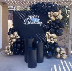60th Birthday Ideas For Mom Party, Simple Birthday Decorations, Adult Birthday Party, Balloon Decorations Party, 40th Birthday Parties, Diy Birthday, Birthday Balloons, Butterfly Garden Party, Champagne Birthday