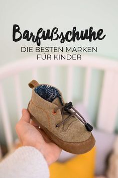 The 7 best barefoot shoes for children Why barefoot shoes are better - The 7 best barefoot shoes for children Why barefoot shoes are better - Baby Health, Kids Health, Best Barefoot Shoes, Korean Fashion Kpop, Gucci, Baby Kind, Kid Shoes, Kids And Parenting, Kids Outfits