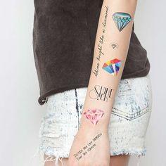Nov 2019 - Crystallized - Temporary Tattoo (Set of Henna Tattoos, Love Tattoos, Beautiful Tattoos, Black Tattoos, Temp Tattoo, Tattoo Set, Tattoo Time, Airbrush, Model