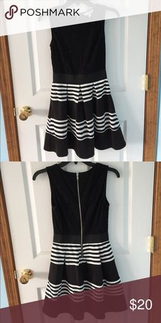 black & white striped party dress •fit & flare juniors dress • scoop neckline • sleeveless • lace trim on top • zip back • perfect for homecoming• Speckles Dresses