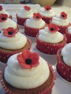 Ruby wedding anniversary cupckes