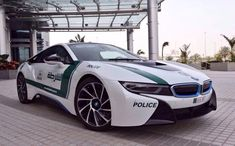 In the video below, the Dubai Police Department lets us have a closer look at the BMW i8 Police Car. The Dubai Police Department is well known for its impressive fleet of police cars
