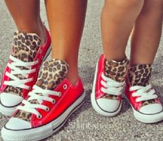 Red & cheetah print converse for mom and daughter = ADORABLE! So Cute Baby, Baby Kind, My Little Girl, My Baby Girl, Mama Baby, Baby Sister, Mommy And Me Outfits, Girl Outfits, Mother Daughter Matching Outfits