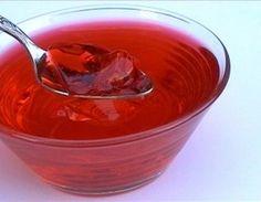 Ricette dolci Festa della Mamma: gelatine di fragole