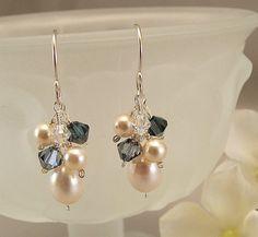 Navy Blue Blend Bridesmaid Earrings, Navy Weddings,Crystal and Pearl Short Cluster Earrings, Bridal Party Earrings