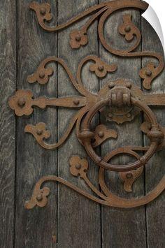 Nidaros Cathedral, None Trondheim, Cool Doors, Unique Doors, Door Knobs And Knockers, Antique Door Knockers, Door Knockers Unique, Doorway, Blacksmithing, Windows And Doors