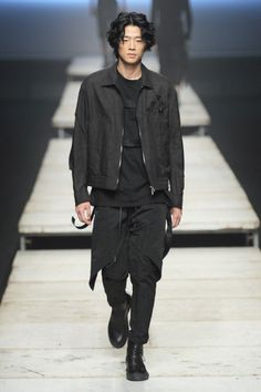 D.Gnak by Kang.D SS17.  menswear mnswr mens style mens fashion fashion style dgnakbykangd runway