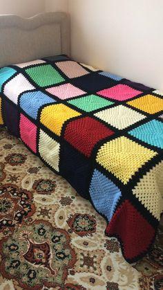 Crochet Bedspread Pattern, Crochet Blanket Patterns, Manta Crochet, Knit Or Crochet, Diy Crafts Crochet, Crochet Projects, Rug Loom, Knit Rug, Christmas Crochet Patterns