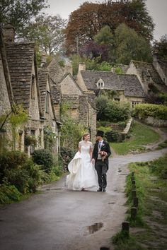 Claire & Nick's Cotswold wedding at The Swan in Bibury Wedding List, Wedding Car, Flower Girl Hairstyles, Bride Hairstyles, Uk Wedding Cakes, Caroline Castigliano, Swan Hotel, Groomsmen Suits, Barnsley