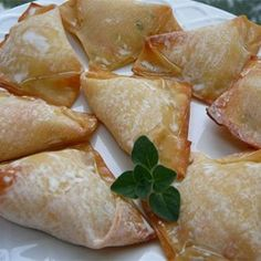 No Fry Crab Rangoon....At my house, we like the sweet crab rangoon.....This is the best filling I have ever tried...and I've tried a lot!!! I fry mine instead of baking.