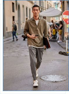40 Impressive Korean Mens Fashion Ideas For Your Inspiration To Look More Handsome - Korean Fashion Men, Korean Men, Mens Fashion, Japanese Fashion Men, Korean Fashion Summer Street Styles, Japanese Men, Fashion Socks, Fashion Hats, Fashion 2018