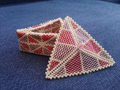 Little beaded box by Autumn-beads.deviantart.com  #beadwork