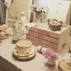 A fun + floral #popup display from Merchandiser Emily! #chloeandisabel