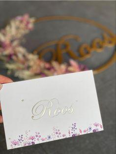 Studio Octavie   Geboortekaartje voor Roos met goudfolie details en spring flowers. Birthcard // geboortekaartje // goudfolie // goudfoliedruk // doopsuiker // suikerbonen // inspiratie // doopsuikerconcept // hotfoil // drukwerk // babygirl // zwanger // pregnant // mommytobe // grafisch ontwerp // graphic design Studio, Place Cards, Design Inspiration, Place Card Holders, Fashion, Moda, Fashion Styles, Studios, Fashion Illustrations