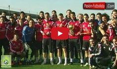LOLZ!   Real Madrid Players Made FUN of Cristiano Ronaldo's Ballon d'Or Scream Watch Full Video Below ▬►► http://www.realmadridfansclub.com/video-cristiano-ronaldos-teammates-made-fun-of-his-ballon-dor-scream/